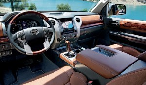 Tundra-Front-Console-WEB